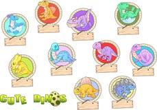 Χαριτωμένο σύνολο δεινοσαύρων κινούμενων σχεδίων αστείων εικόνων ελεύθερη απεικόνιση δικαιώματος