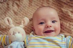 χαριτωμένο χαμόγελο μωρών Στοκ φωτογραφίες με δικαίωμα ελεύθερης χρήσης