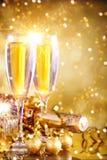 Χαρούμενα Χριστούγεννα και καλή χρονιά Ένα νέο υπόβαθρο έτους ` s με τις νέες διακοσμήσεις έτους Νέα κάρτα έτους ` s στοκ φωτογραφία