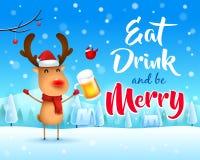Χαρούμενα Χριστούγεννα! Ο κοκκινομύτης τάρανδος με την μπύρα στο χειμερινό τοπίο σκηνής χιονιού Χριστουγέννων ελεύθερη απεικόνιση δικαιώματος