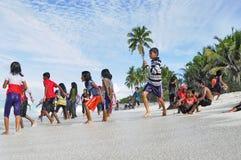 Χαρούμενη διασκέδαση παραλιών στις Μαλδίβες Στοκ Εικόνα