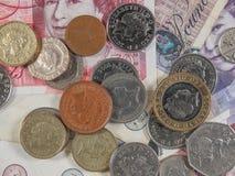 Χαρτονομίσματα και νομίσματα λιβρών Στοκ Εικόνες