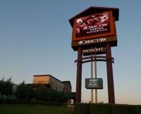 Χαρτοπαικτική λέσχη Choctaw και ξενοδοχείο, Pocola, σύστημα σηματοδότησης της Οκλαχόμα Στοκ Εικόνες