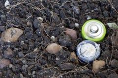 Χαλάστε τις μπαταρίες είναι στο έδαφος Στοκ Εικόνες
