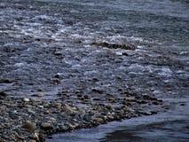 Χαλίκι και νερό Στοκ Φωτογραφίες