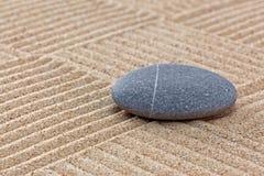 Χαλίκι στα μαζεμένα με τη τσουγκράνα τετράγωνα άμμου Στοκ φωτογραφία με δικαίωμα ελεύθερης χρήσης