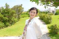 χαλαρωμένη γυναίκα Στοκ φωτογραφία με δικαίωμα ελεύθερης χρήσης