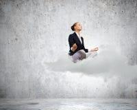 Χαλαρωμένη επιχειρηματίας Στοκ Εικόνα