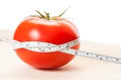 Χαλαρό βάρος με την κόκκινη έννοια διατροφής ντοματών Στοκ φωτογραφία με δικαίωμα ελεύθερης χρήσης
