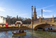 Χαλαρώστε με τη βάρκα Plaza de Espana, Σεβίλλη, Ισπανία Στοκ Εικόνα