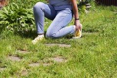 Χαλασμένες γυναίκες μυών ποδιών Στοκ εικόνες με δικαίωμα ελεύθερης χρήσης