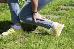 Χαλασμένες γυναίκες μυών ποδιών Στοκ εικόνα με δικαίωμα ελεύθερης χρήσης