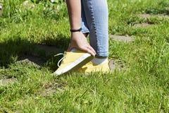 Χαλασμένες γυναίκες μυών ποδιών Στοκ Εικόνα