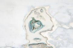 Χαλασμένη τρύπα φλουδών βαρκών φίμπεργκλας Στοκ Φωτογραφία