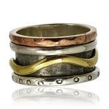 Χαλκός και ασημένιο δαχτυλίδι Στοκ Εικόνες