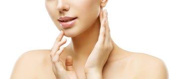 Χείλια και φροντίδα δέρματος προσώπου, ομορφιά Makeup γυναικών και επεξεργασία, τρόπος στοκ φωτογραφία με δικαίωμα ελεύθερης χρήσης