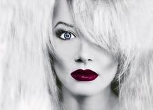 χειλική κόκκινη γυναίκα &gamma στοκ εικόνα