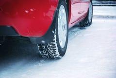 Χειμερινά ελαστικά αυτοκινήτου Στοκ φωτογραφία με δικαίωμα ελεύθερης χρήσης