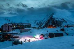 Χειμερινά χιονώδη βουνά βόρειο ossetia ρωσικά βουνών ομοσπονδίας Καύκασου alania Στοκ Εικόνες
