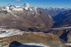 Χειμερινή άποψη των Άλπεων από τον παράδεισο παγετώνων Matterhorn, Ελβετία Στοκ Φωτογραφίες