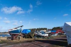 Χειμερινή αποθήκευση των μικρών βαρκών Στοκ φωτογραφία με δικαίωμα ελεύθερης χρήσης