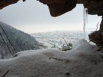 Χειμερινή σπηλιά Στοκ φωτογραφίες με δικαίωμα ελεύθερης χρήσης
