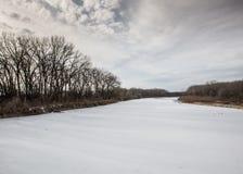 Χειμερινός ποταμός Στοκ εικόνα με δικαίωμα ελεύθερης χρήσης