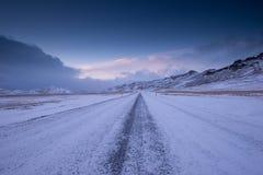 Χειμερινός δρόμος στην Ισλανδία Στοκ Φωτογραφίες