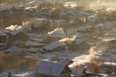 Χειμερινό αγροτικό τοπίο της ρωσικής επαρχίας παγωμένος χειμώνας στοκ εικόνες με δικαίωμα ελεύθερης χρήσης