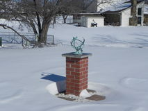 Χειμερινό ηλιακό ρολόι Στοκ φωτογραφία με δικαίωμα ελεύθερης χρήσης