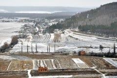 Χειμερινό πανόραμα με τις πλοκές εδάφους Στοκ εικόνα με δικαίωμα ελεύθερης χρήσης