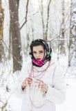 Χειμερινό πορτρέτο ενός κοριτσιού Στοκ Φωτογραφίες