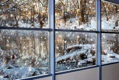 Χειμερινό τοπίο έξω από το παράθυρο Στοκ φωτογραφίες με δικαίωμα ελεύθερης χρήσης