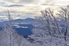 Χειμερινό τοπίο από τη Σλοβενία, περιοχή Zasavje στοκ εικόνες