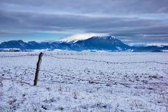 Χειμερινό τοπίο βουνών Στοκ Φωτογραφίες