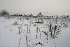Χειμερινό τοπίο, βόρειο χωριό Στοκ Φωτογραφίες