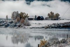 Χειμερινό τοπίο με τη δεξαμενή βουνών Wolford Στοκ φωτογραφία με δικαίωμα ελεύθερης χρήσης