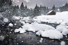 Χειμερινό τοπίο με το χιόνι, φρέσκο χιόνι Στοκ Εικόνες