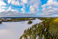Χειμερινό τοπίο στην κρύα εποχή Στοκ εικόνα με δικαίωμα ελεύθερης χρήσης