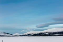 Χειμερινό τοπίο στο ρωσικό Lapland, χερσόνησος κόλα Στοκ εικόνα με δικαίωμα ελεύθερης χρήσης