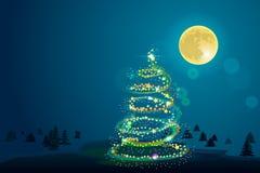 Χειμερινό υπόβαθρο με το χριστουγεννιάτικο δέντρο και το φεγγάρι Στοκ εικόνα με δικαίωμα ελεύθερης χρήσης