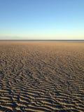 Χειμερινό φράγμα άμμου σε εκβολή ποταμού Στοκ εικόνες με δικαίωμα ελεύθερης χρήσης