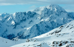 Χειμερινό χιονοδρομικό κέντρο Molltaler Gletscher πρωινού (Αυστρία). Στοκ Εικόνες
