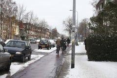 χειμώνας ανθρώπων ποδηλάτ&omega Στοκ Εικόνα