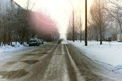Χειμώνας αυτοκινήτων οδικών πόλεων Στοκ φωτογραφίες με δικαίωμα ελεύθερης χρήσης