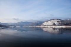 χειμώνας βουνών λιμνών της &Gam Στοκ Εικόνες