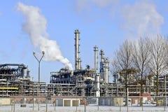 χειμώνας διυλιστηρίων πετρελαίου τοπίων Στοκ Εικόνες