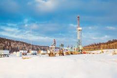 Χειμώνας εγκαταστάσεων γεώτρησης διατρήσεων εδάφους Στοκ εικόνες με δικαίωμα ελεύθερης χρήσης