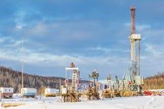 Χειμώνας εγκαταστάσεων γεώτρησης διατρήσεων εδάφους Στοκ φωτογραφίες με δικαίωμα ελεύθερης χρήσης