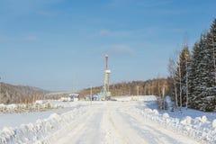 Χειμώνας εγκαταστάσεων γεώτρησης διατρήσεων εδάφους Στοκ φωτογραφία με δικαίωμα ελεύθερης χρήσης